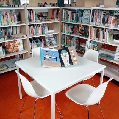 Boek een bibliotheekbezoek